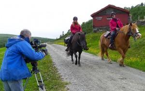 Steinar Bendiksvoll filmer ved Spellmovollen.