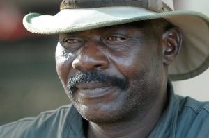 Joe har bodd i bushen hele sitt liv, slik også foreldrene gjorde det. Han er en meget kunnskapsrik og morsom guide.